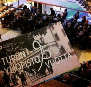 Ryhmä Lex edusti myös Turun yliopiston vuosijuhlassa.